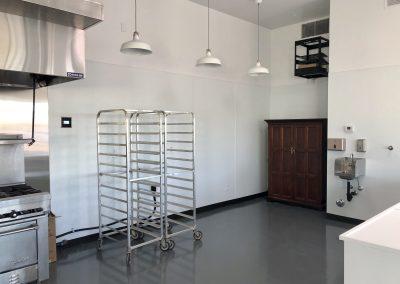 Mama Linda's Bakeshop Phoenix Complete